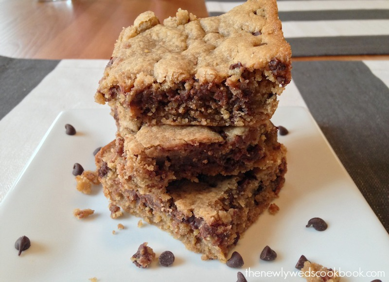 peanut butter blondie bar 2.jpg