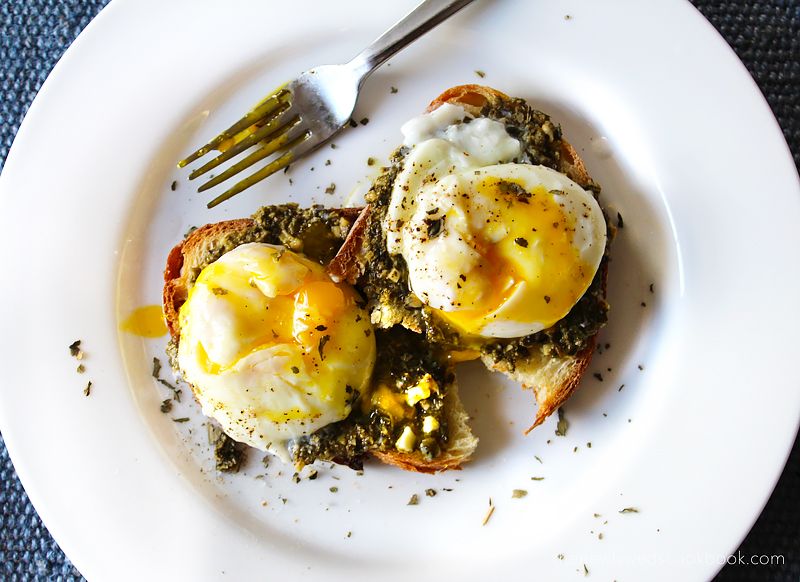 poached eggs and pesto toast