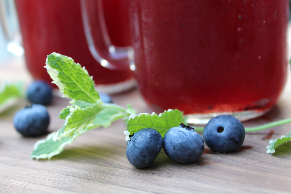 Blueberry Mint Lemonade - The Newlyweds Cookbook