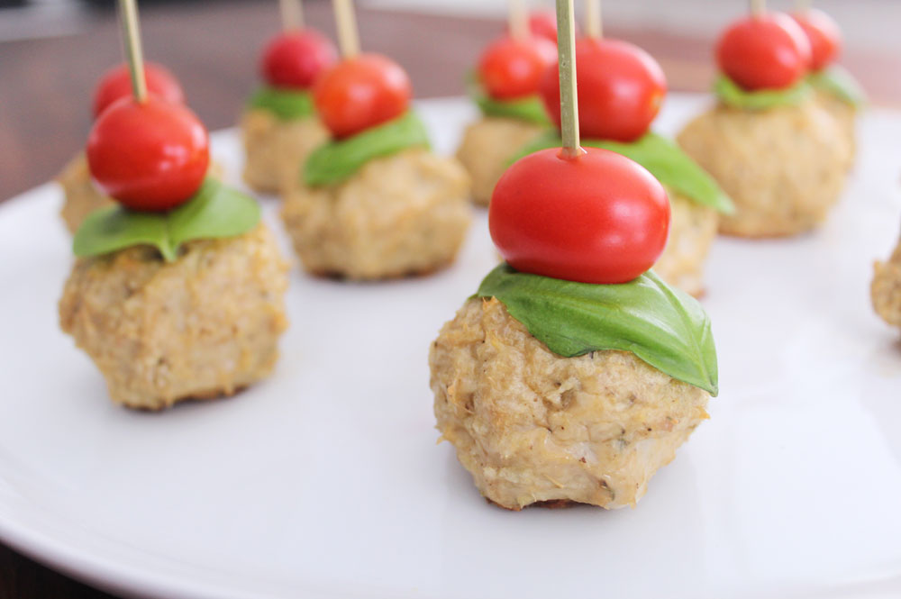 caprese chicken meatballs