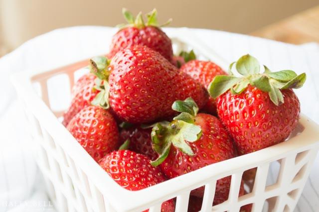 Strawberry_Crostini-5